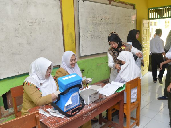 Imunisasi MR, Tolak  Campak dan Rubella di MTs Islamiyah Sayang