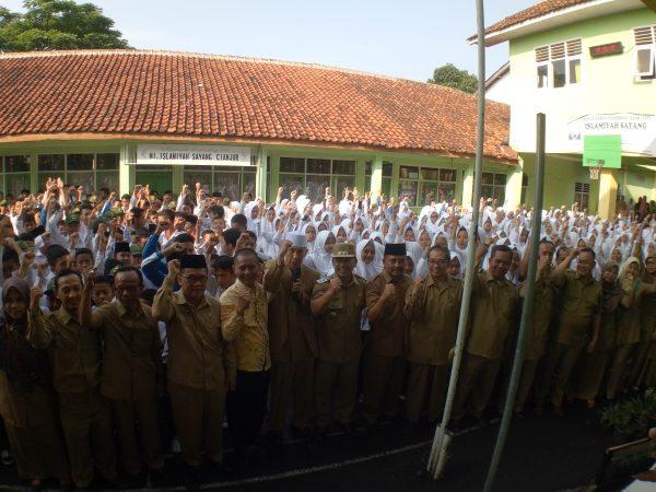 Kunjungan Wakil Bupati Ke MTsS Islamiyah Sayang