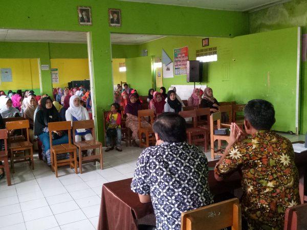 Pertemuan Orangtua/Wali Siswa Kelas IX dengan Komite Madrasah