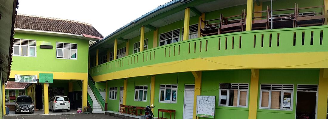Slide Bangunan Sekolah