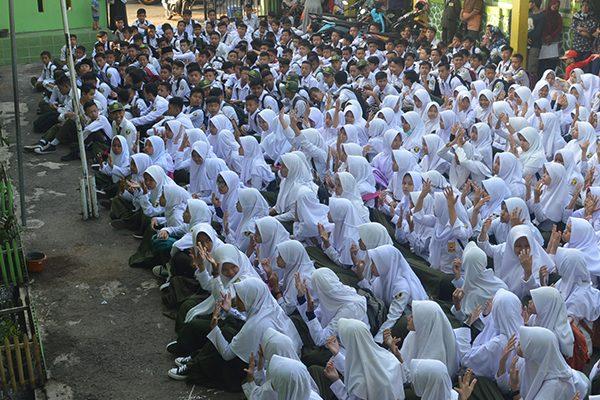 Slide Siswa Madrasah